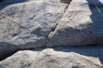 Diaclasas en el granito