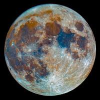 La Luna tiene colores: ¡Los de su geología!