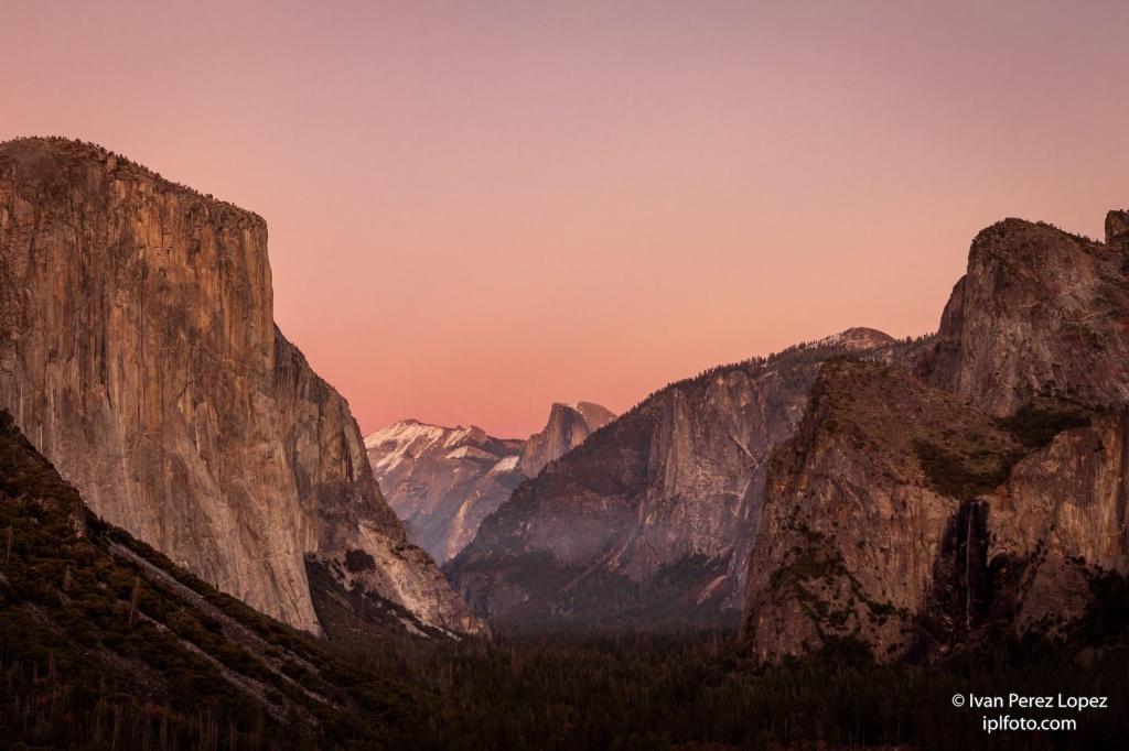 """Vista de cuatro de las """"joyas"""" geológicas del Yosemite National Park, California, Estados Unidos. © Iván Pérez López (iplfoto.com)"""
